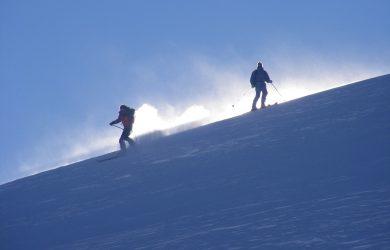 Sciare costa meno